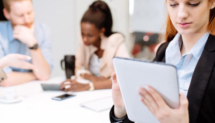 como fazer a gestão de equipe de vendas em negócios pequenos